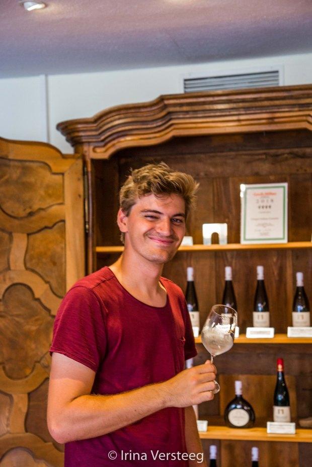 Tasting wine makes us happy